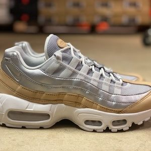 Nike Air Max 95 SE PRM Womens Running Shoes Sz 7.5